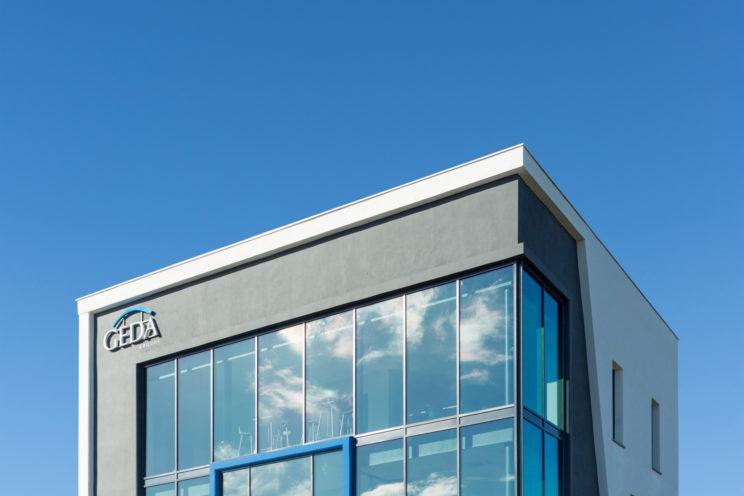 haut du bâtiment Geda Agence Pro Montauban photographie architecture