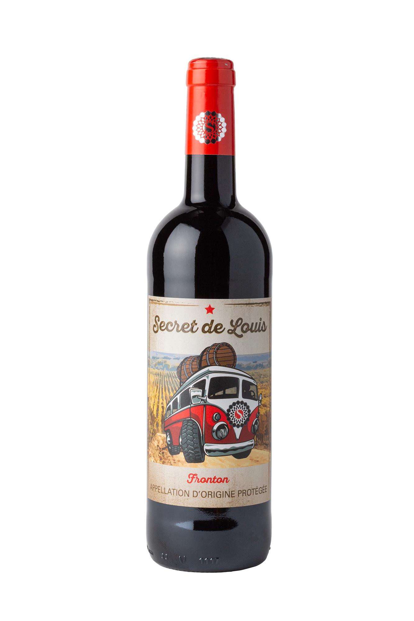 Photographie packshot d'une bouteille de vin rouge sur fond blanc