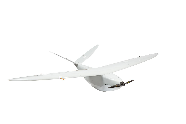 Drone Delair vue de trois quart avant, sur fond blanc et détouré