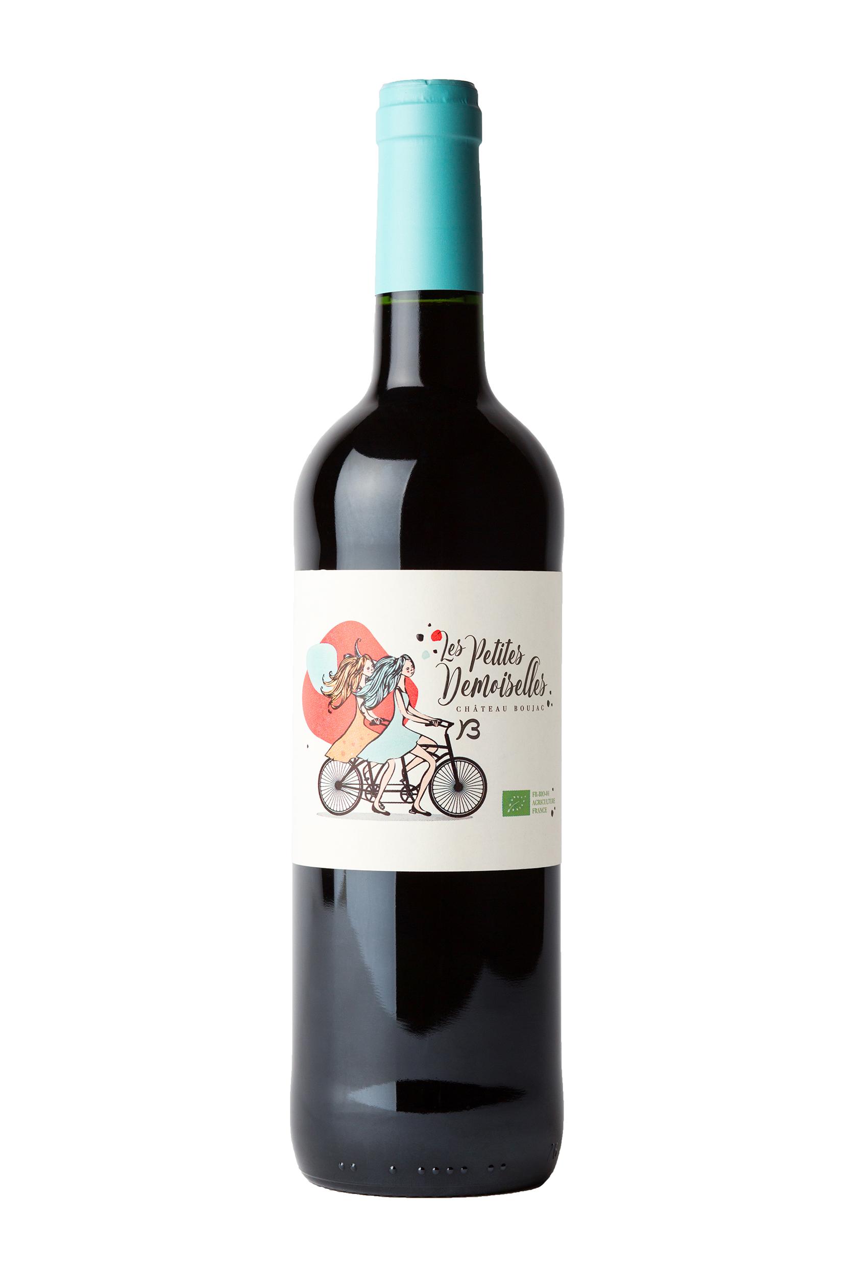 Bouteilles de vin rouge sur fond blanc pour les sites internet
